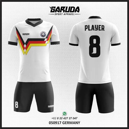 Desain baju Futsal Putih keren