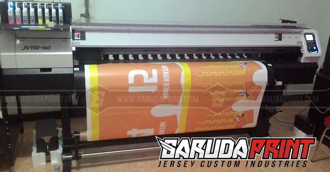 bikin-jersey-futsal-desain-sendiri-dengan-printing