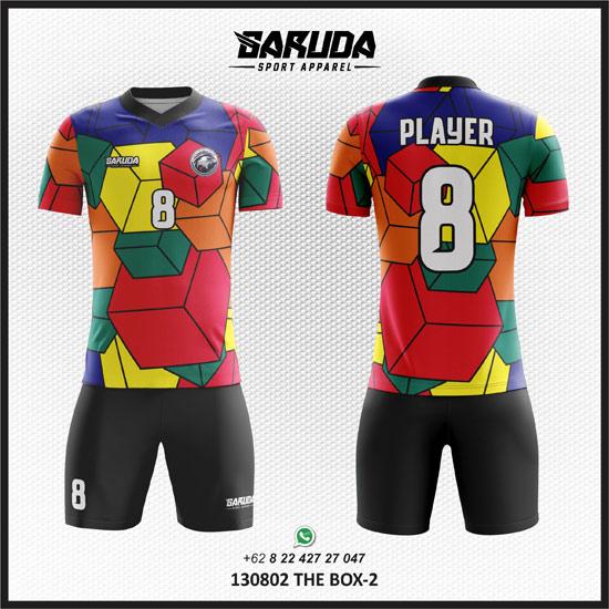 Desain Kostum Bola Unik motif gambar kubus banyak warna