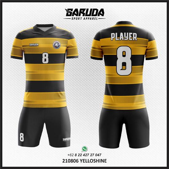 Desain Kaos Bola Hitam Kuning Menjadi Kaos yang Terkeren