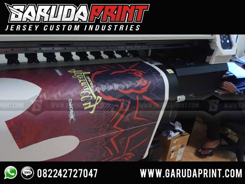 pembuatan Kaos Futsal Hitam Merah printing