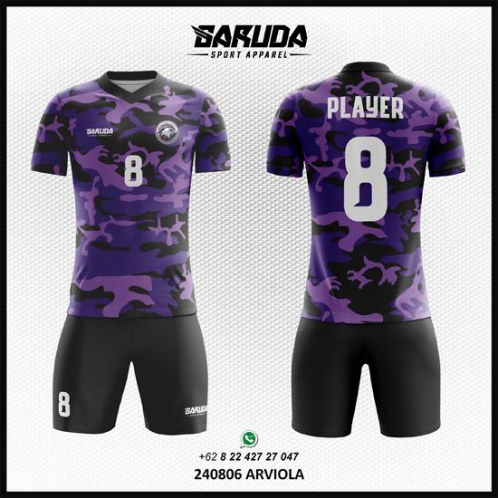 desain kaos futsal warna ungu motif army