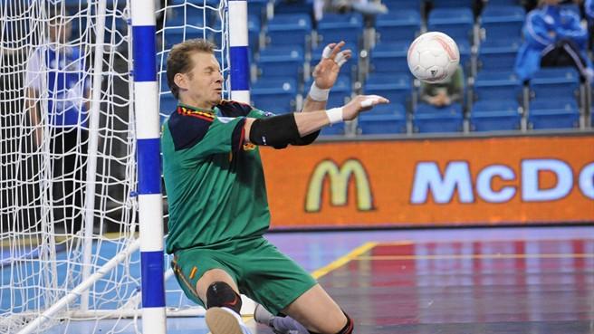 Cara Kiper Futsal Dalam Menjaga Gawang Dari Kebobolan