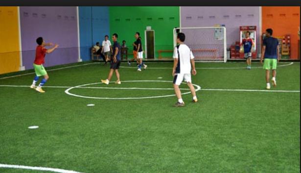 Mengapa Saat Kita Main Futsal Tubuh Berkeringat?