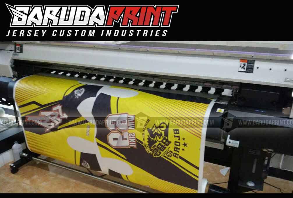 Pembuatan Jersey Sepeda Balap Full Printing Motif Keren