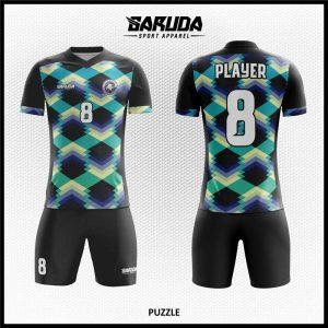 Desain Jersey Sepakbola Printing Puzzle Motif Tiga Dimensi Warna Hitam